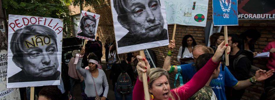 Neobrujas: Brasil tiene una hoguera encendida para Judith Butler
