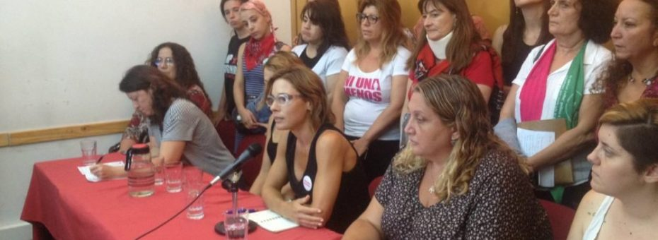 Argentina: represión al movimiento de mujeres en el #8M