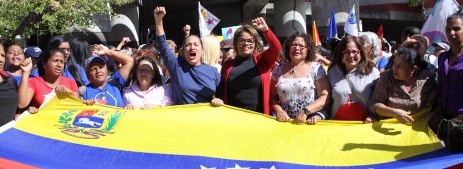 20 años de la Revolución Bolivariana: un llamamiento feminista por la paz y el diálogo