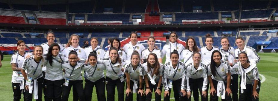 Fútbol femenino: 18 nombres y 4 ausencias camino a los Juegos Panamericanos