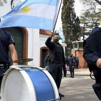 La protesta policial más allá de Olivos
