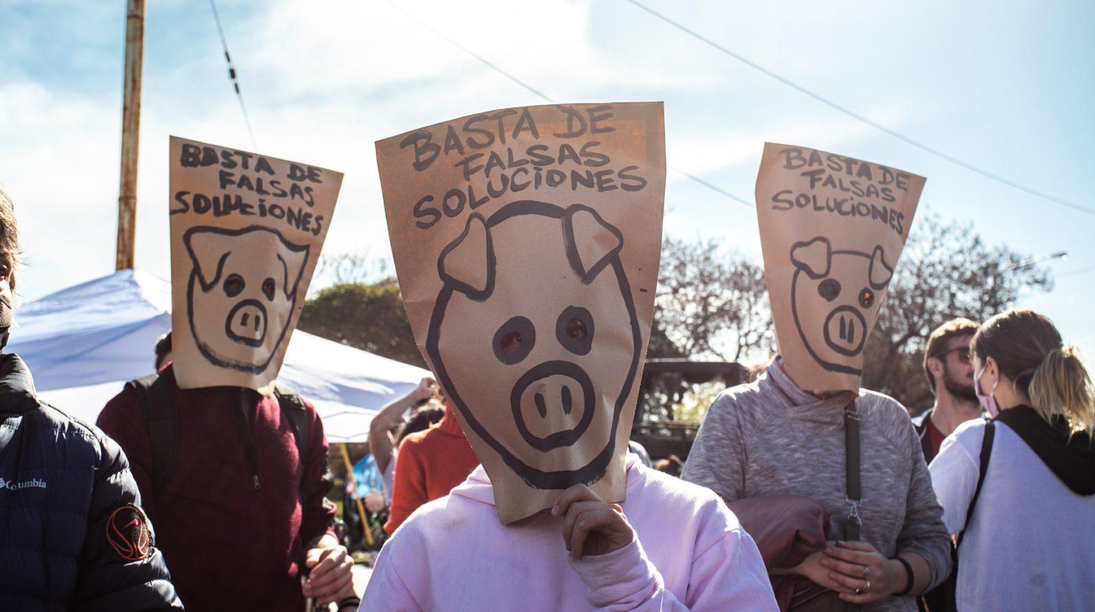 25A: ¡No al acuerdo porcino con China!